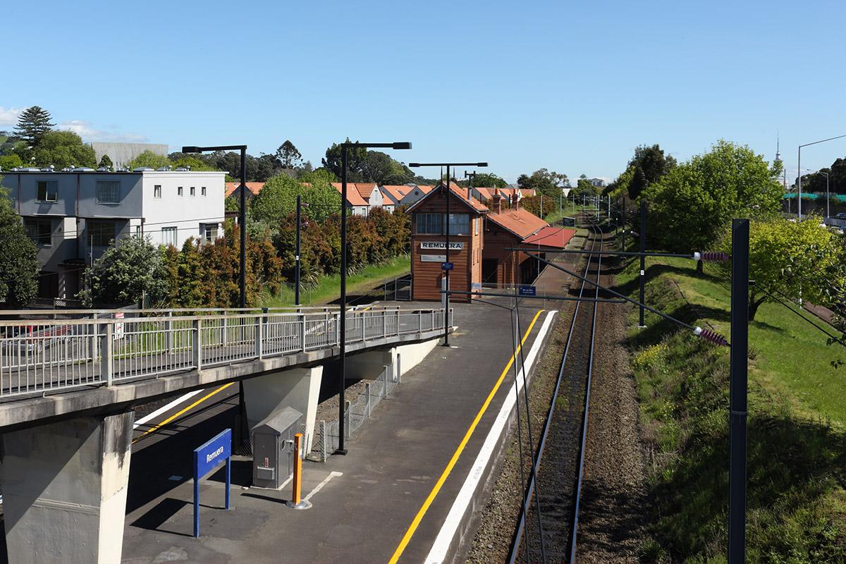 PPT07_Market-Road-Overbridge