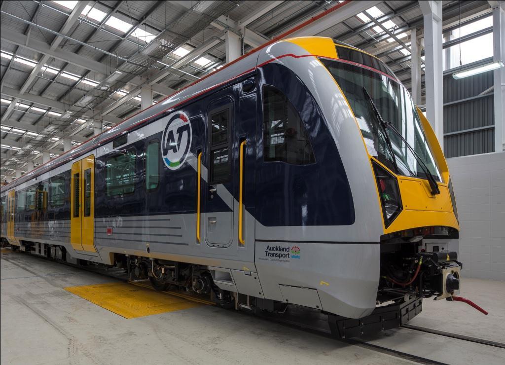 1-NZ_AM_class_train_at_Wiri_depot_20131